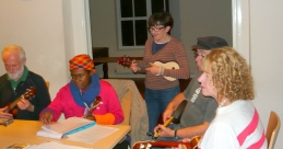 Bonza Club Night 2012 - Colvin, Jacqueline & Three Of Our Australian Ukers