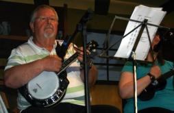 Pratts Bottom 2013 03 - Chris & Jeanette