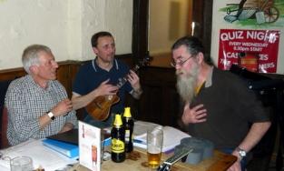 Xmas Strumalong 2013 - 05 Maish, Colin & Rufus 01