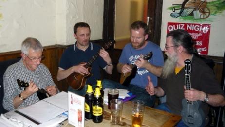 Xmas Strumalong 2013 - 13 Maish, Colin, Steve & Rufus 01