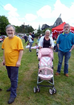 Pratts Bottom 2017 - Andrew, audience members & Rufus